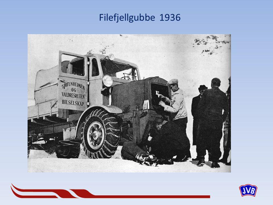 Årsmodeller 1934 og 36 på Fagernes
